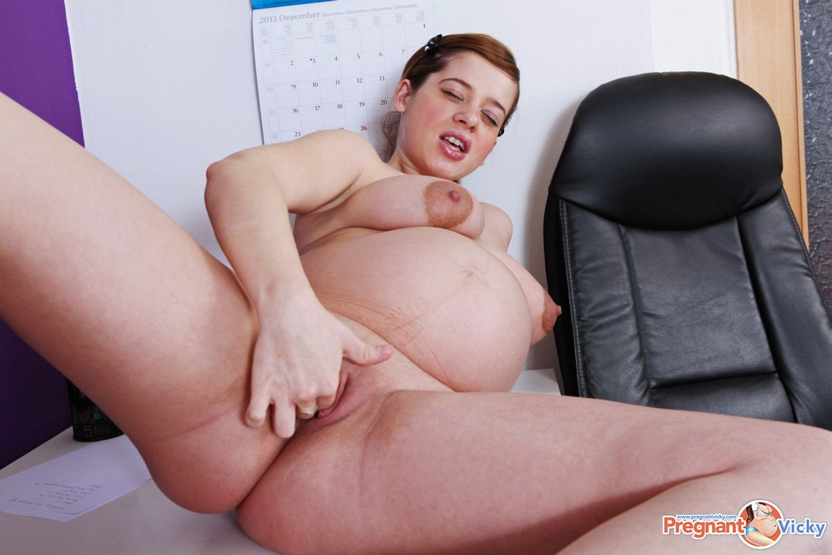 Pregnant pussy vicky